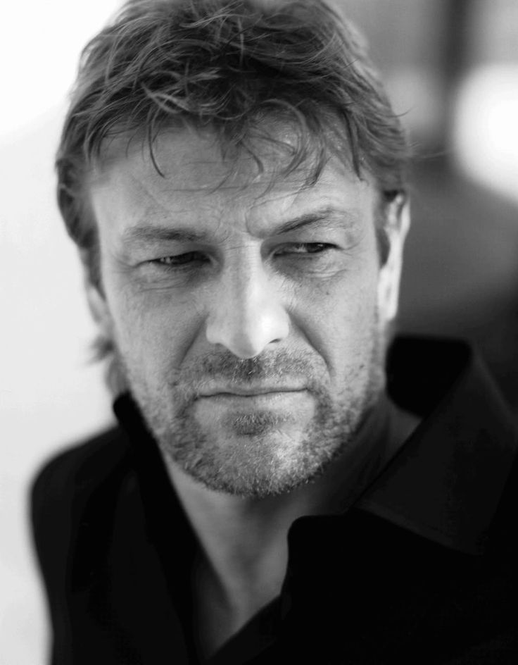 Happy Birthday Sean Bean! Congrats for going against character type and NOT dying!!