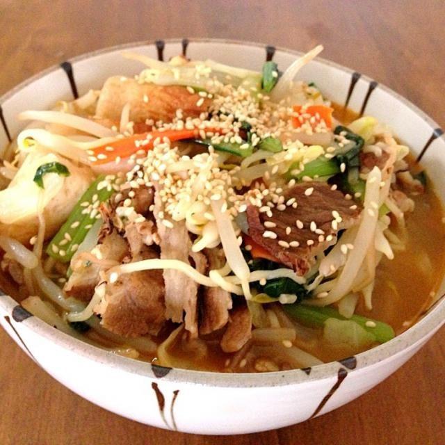 ひとりランチは簡単に限るね!^^; - 6件のもぐもぐ - 野菜担々麺 by kunikichi