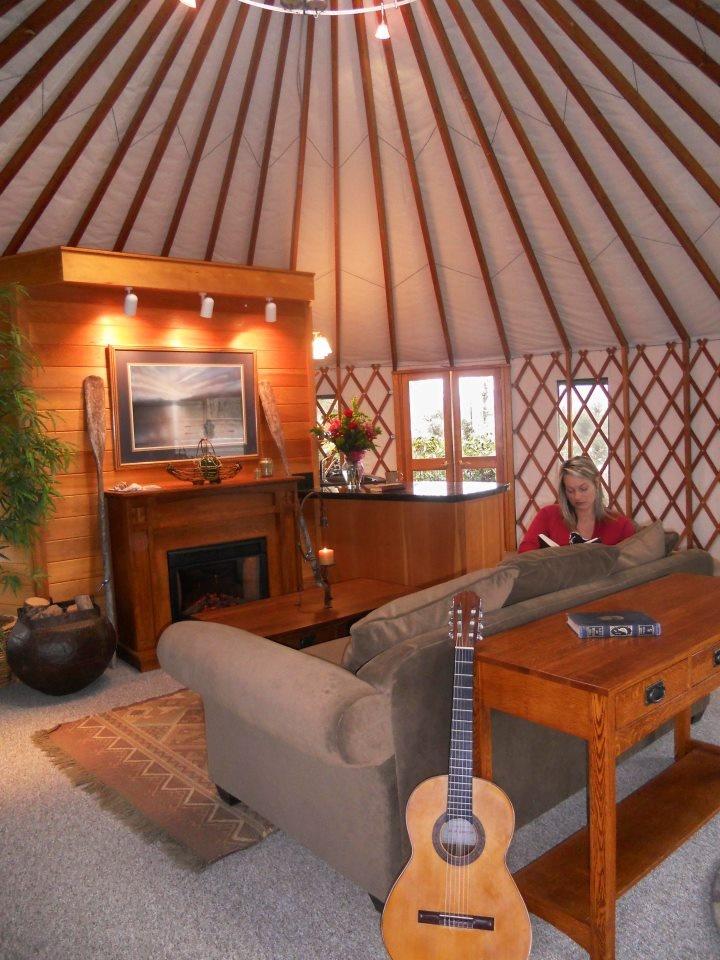 Best 25+ Yurt interior ideas on Pinterest | Yurts, Yurt ...
