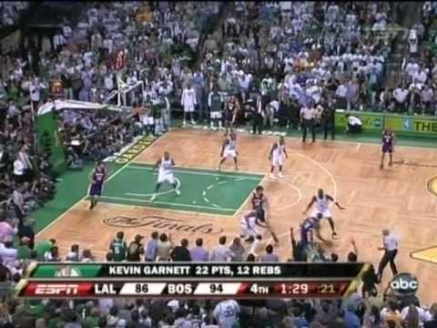 Happy Birthday KG! Kevin Garnett Putback dunk on Gasol - [Game 1 of 2008 NBA Finals]