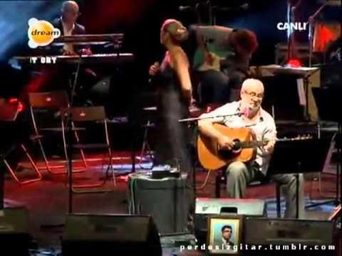 Birsen Tezer & Erkan Oğur - Çığlık Çığlığa (Bülent Ortaçgil Senfonik - 24 Eylül 2012) - YouTube