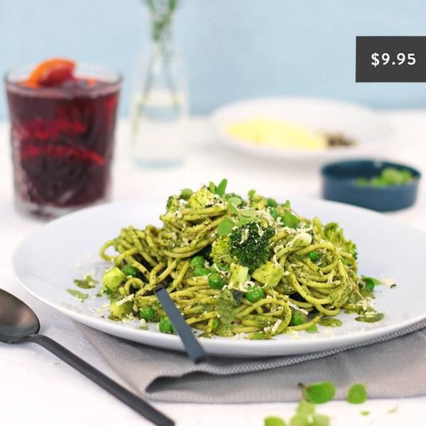 YouFoodz | Supergreen Spaghetti $9.95 | Aldente spaghetti and kale pesto, loaded with a bunch of good-for-you Spring veg | #Youfoodz #HomeDelivery #YoullNeverEatFrozenAgain