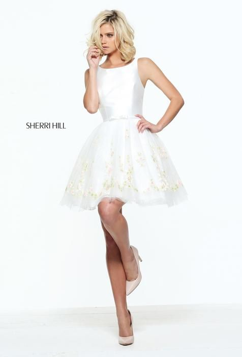 Sherri Hill short dress. This white dress is great for many occasions like homecoming, prom, formal, evening dress. Sleeveless, full skirt, white.