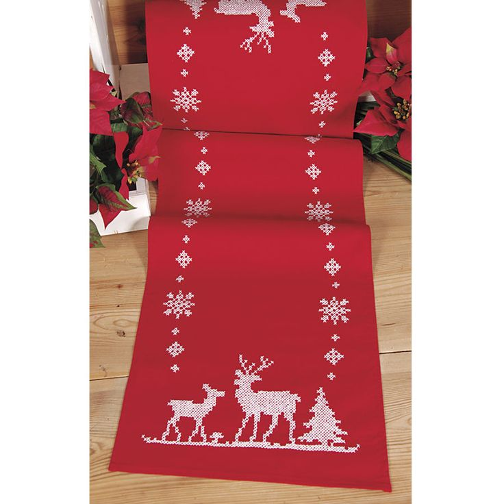Reindeer and Snowflakes Table Runner - Cross Stitch, Needlepoint, Embroidery Kits – Tools and Supplies