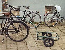Remolque de bicicleta - Wikipedia, la enciclopedia libre