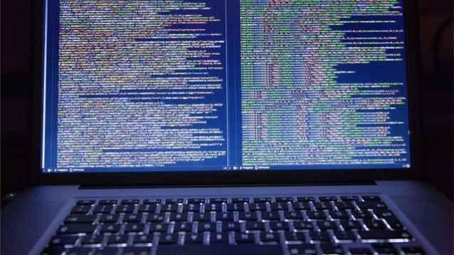 Emergenza: nuovo attacco hacker mette in ginocchio i PC di tutto il mondo! Certo che non si può proprio stare tranquilli, in tema di sicurezza informatica: non si è fatto in tempo a mettersi al sicuro da WannaCry, che subito ci si ritrova a che fare con questa variante ugua #notpetya #ransomware #malware #hacker