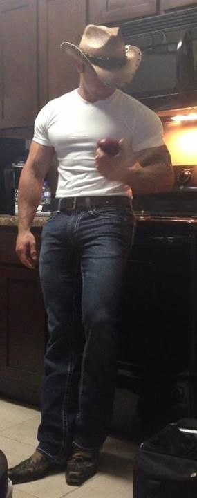 what a sexy stud! Love the way he fills those jeans out, only thing better is if just took them off.