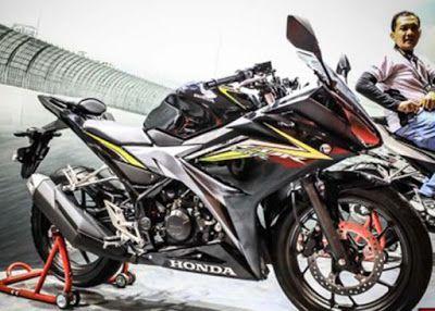 Honda CBR150R 2016 Hitam