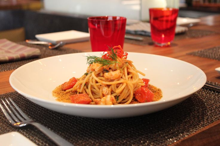 Spaghetti with Mazara del Vallo red prawns sauce, toasted bread crumbs with garlic and anchovies