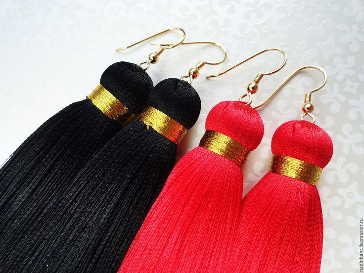"""Купить Серьги кисти """"Must Have"""" шелк - черный, красный, серьги, сережки, серьги кисти"""