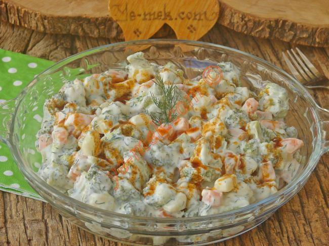 Brokoli Salatası Resimli Tarifi - Yemek Tarifleri