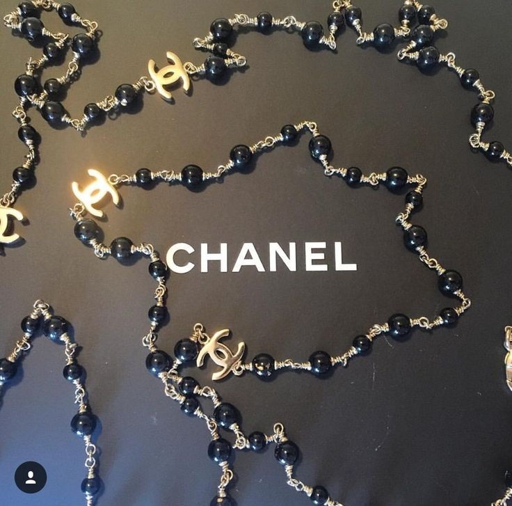 Chanel black pearl necklace (price on request)