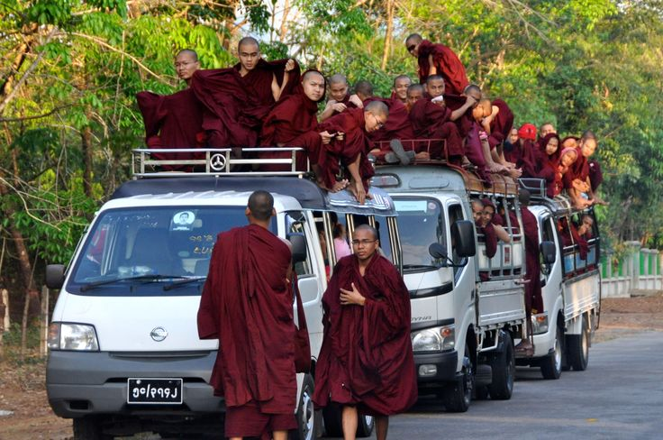 An other way to travel. Myanmar Tourbus.
