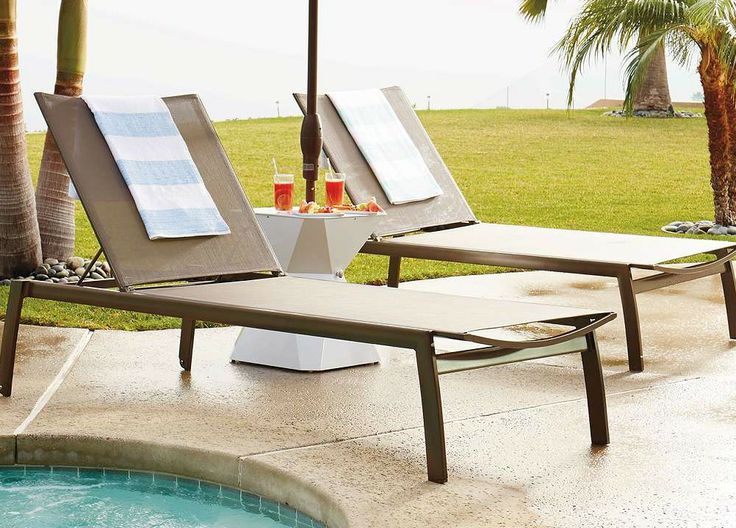 We engineered Newport Chaise to stand the test of time - and comfort.: Chaise Lounges, Newport Set, Engineered Newport, Newport Chaise, Chaise Lounge Chairs