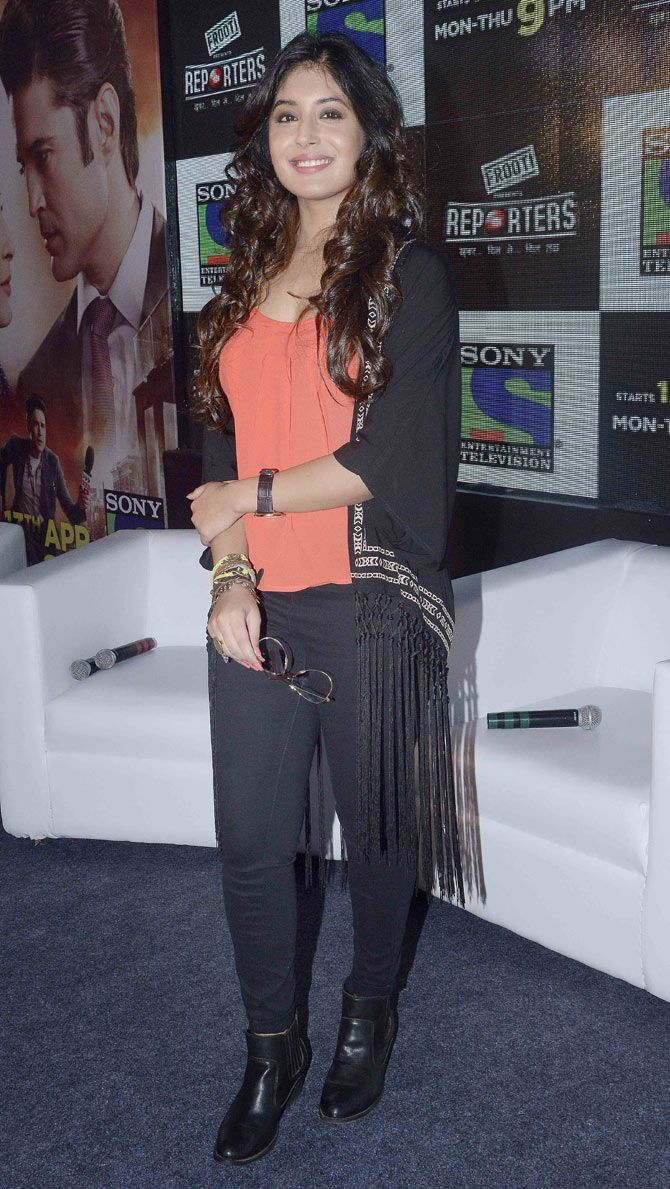 Kritika Kamra at the launch of Reporters. #Bollywood #Fashion #Style #Beauty