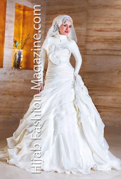 https://www.facebook.com/pages/Hejab-Fashion-Magazine/103848186346728