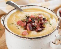 Soupe de chou-fleur au chorizo allégée au Thermomix© : http://www.fourchette-et-bikini.fr/recettes/recettes-minceur/soupe-de-chou-fleur-au-chorizo-allegee-au-thermomixc.html