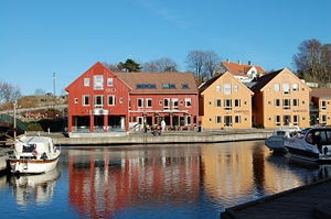 Kristiansand is the town!