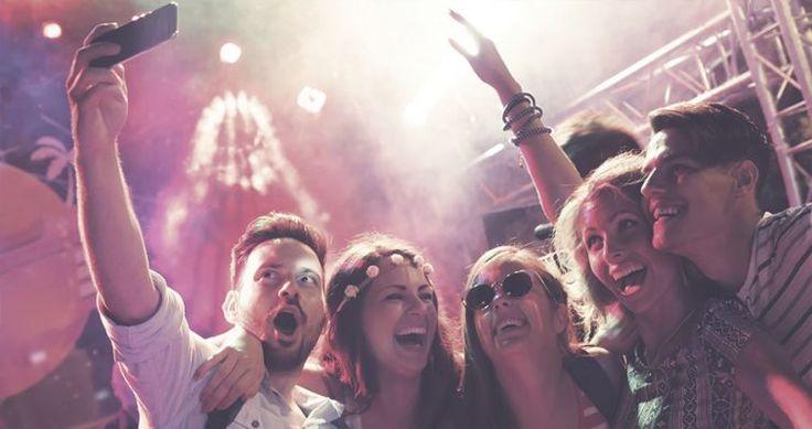 Tras las cenas de empresa, no queremos que la fiesta acabe. Por eso te recomendamos las mejores discotecas de Madrid, en las que seguir la fiesta después de la cena hasta las horas más canallas, consiguiendo una fiesta inolvidable en alguno de los mejores clubs de la capital #Cenadeempresa #Discoteca #madrid #Restaurantes