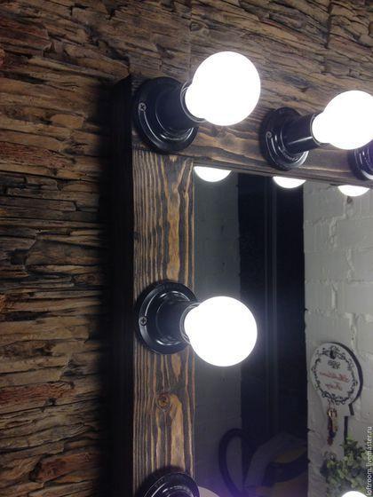 Купить или заказать Гримерное зеркало DARK WOOD в интернет-магазине на Ярмарке Мастеров. Гримерное зеркало DARK WOOD. Размер по раме 70 см на 90 см. Ширина рамы 7 см, толщина 5,5 см. Вес 8 кг. Вертикальное и горизонтальное подвешивание. Материалы: массив сосны, масло премиум класса. Для придания 3D фактуре дерева использован метод браширования. Патроны наружные. Лампы LED (светодиодные) 16 штук, свет тёплый. Данные лампы не нагреваются, потребляют всего 5 ват, средний срок службы…