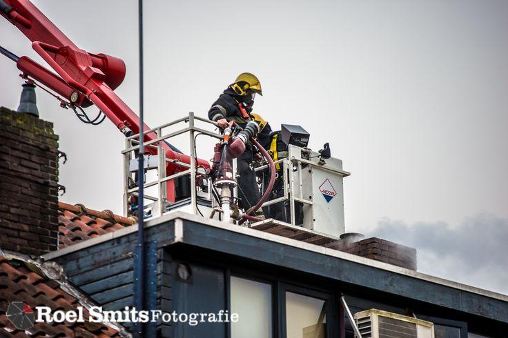 16-01-2017 - Eindhoven - Zevenbergenstraat - Schoorsteenbrand  http://roelsmitsfotografie.nl/?p=134244