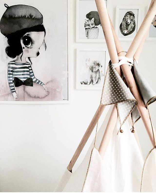 How beautiful is this image @tabita.n.kristensen has captured of Mrs Mighetto's 'Miss Vivienne' print