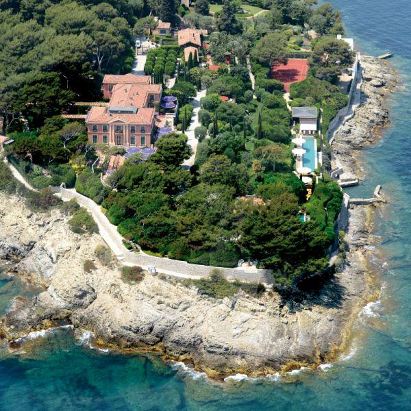 Vile de lux : Riviera Franceza http://exclusiveluxurytravel.ro/vacanta/vile-de-lux-riviera-franceza/ #liniste #vederelamare #exclusiveluxurytravel