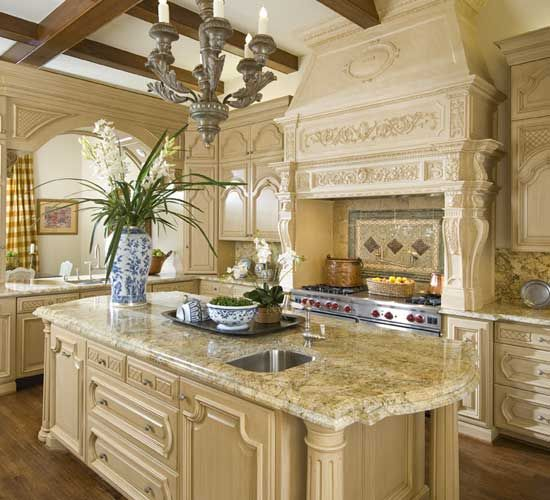 French Country Kitchen Island: Beautiful French Country Kitchen