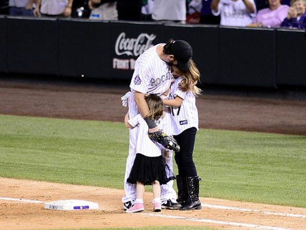 Todd Helton homers in final home game, receives horse from Rockies as retirement gift