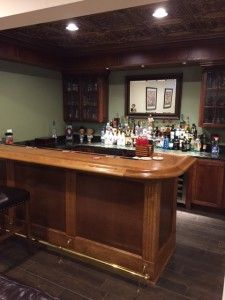 Captivating DIY Home Bar Rail