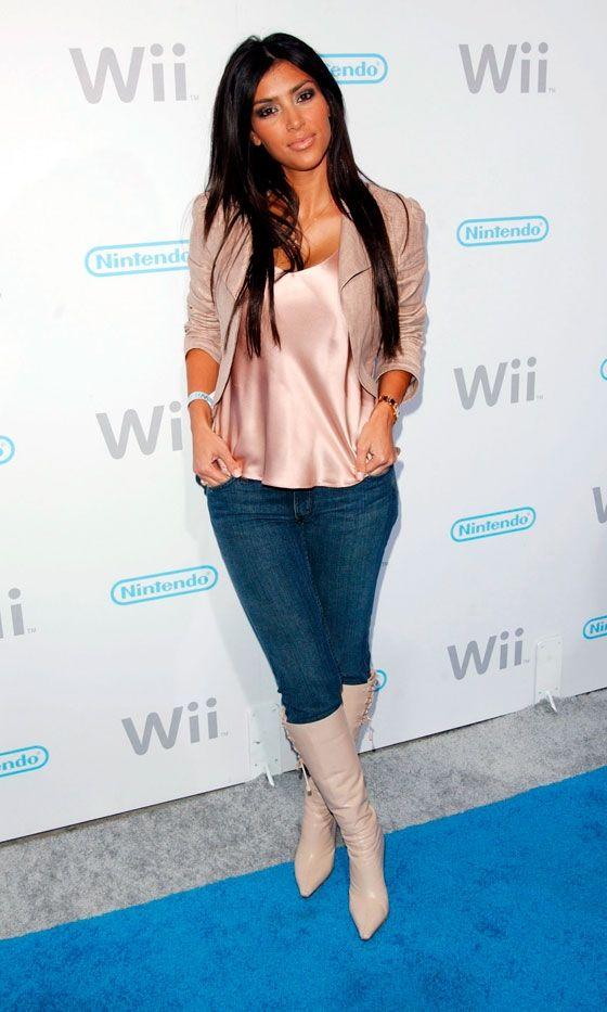 Kim Kardashian Dresses Down For The Launch Of The Nintendo Wii, November 2006