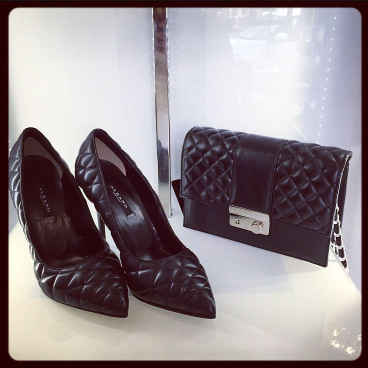 Décolleté Albano e pochette in pelle trapuntata nera!!! Wearing for your glamour evening Albano shoes