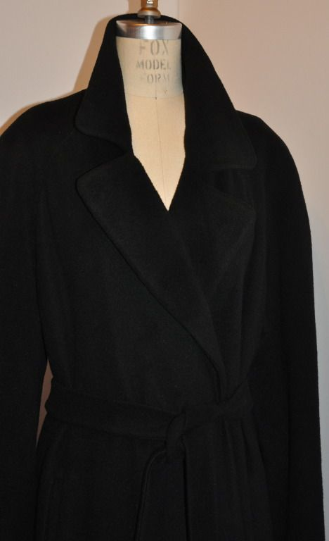 Bergdorf Goodman Full-Length Black Light-Weight Full-Length Cashmere Coat   From a collection of rare vintage coats and outerwear at https://www.1stdibs.com/fashion/clothing/coats-outerwear/