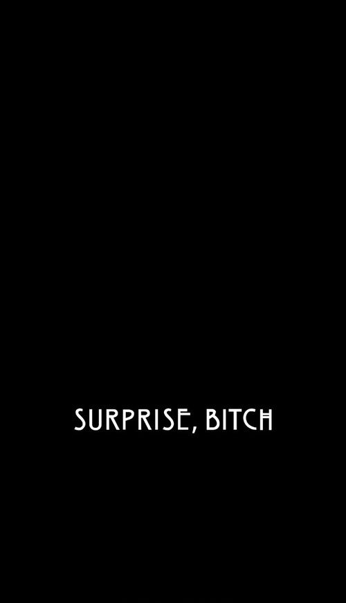 Estampa blusa preta dark Surprise, bitch