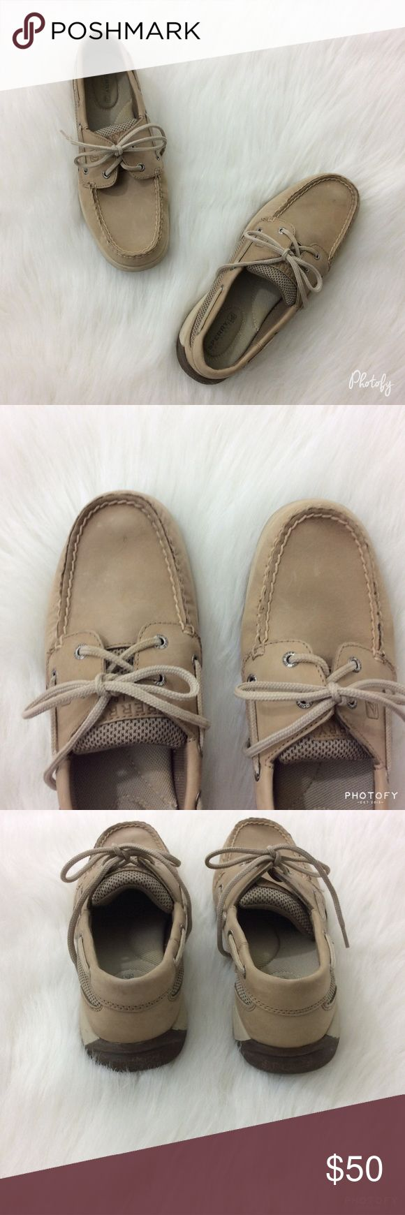 SPERRY TOP-SIDER TAN BOAT SHOES Sperry Top-Sider Tan Boat Shoes  Comfortable with Soft Cushioning   Looks Great with Shorts or Jeans  Leather Upper  Worn Only in Store, Like New  Size 7 1/2 M  🚫NO TRADES Sperry Top-Sider Shoes