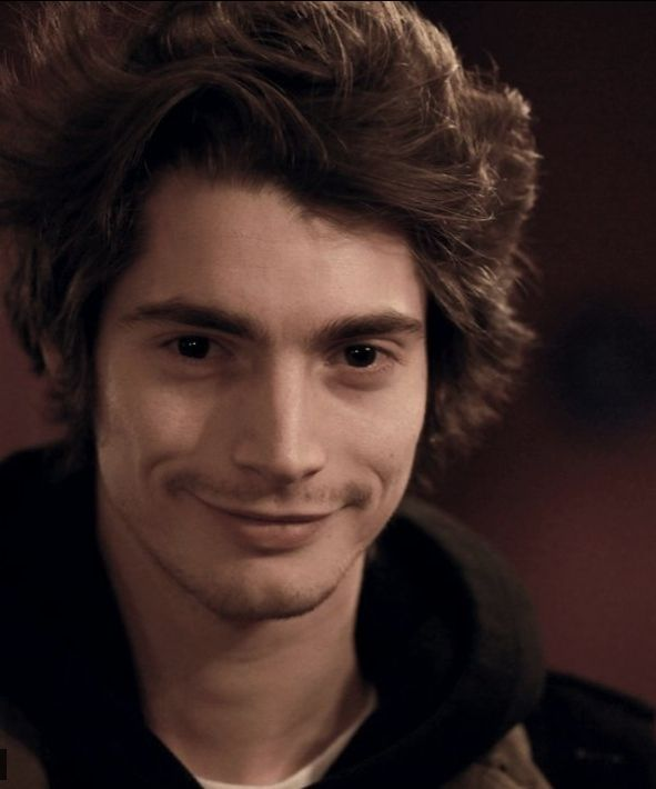 Florent Dorin, handsome and awesome french actor from the webseries Visitor from the future