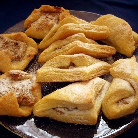 Egy finom Leveles tészta bármilyen süteményhez ebédre vagy vacsorára? Leveles tészta bármilyen süteményhez Receptek a Mindmegette.hu Recept gyűjteményében!