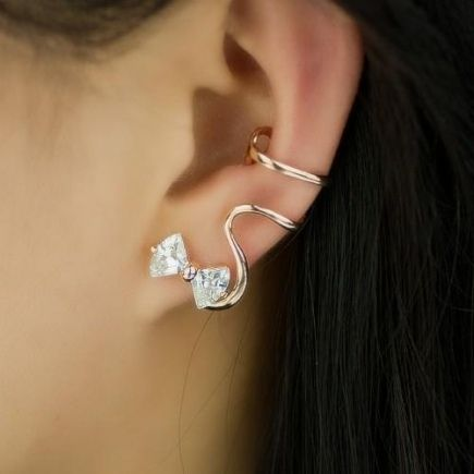 Lovely Fashion Alloy Plated 18K Gold Bowknot Cubic Zirconia Women's Single Ear Cuff-Gold