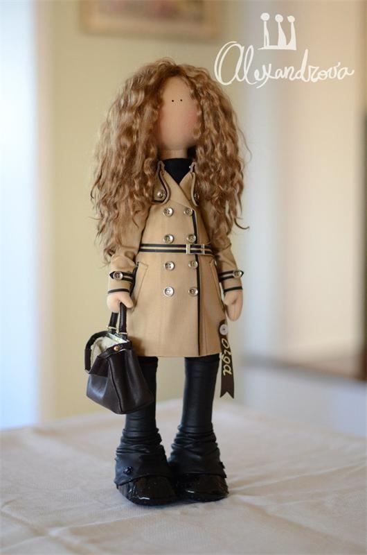 Авторская кукла Татьяны Александровой: OLGA Оригинальная идея принадлежит Татьяне Коннэ. Рост куклы 47см., тело выполнено из кукольного трикотажа, наполнитель — холлофайбер, волосы - синтетический к...