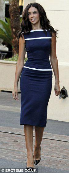 love the sharp look of this dress.  Altijd detail wit voor de wintertypes.