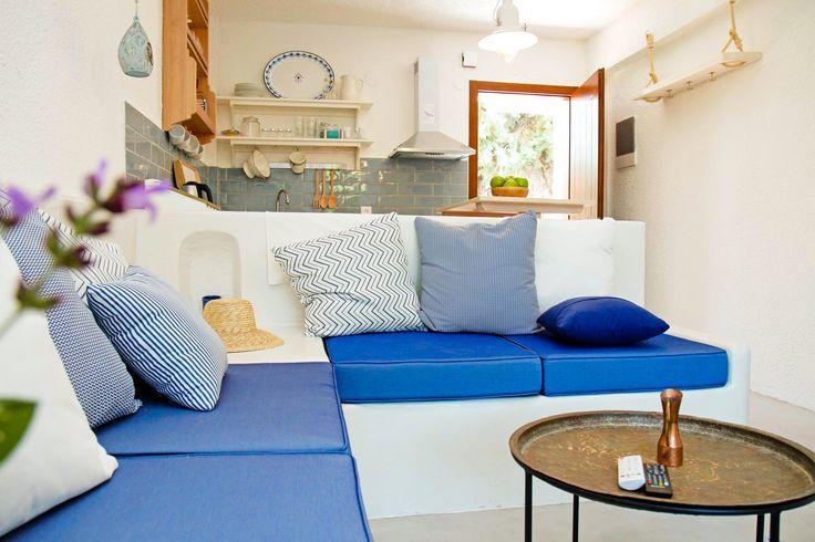 Dreamhouse in Chalkidiki, Greece | Interior-Livingroom/Kitchen | Ask for availability in summer 2017! #dreamhouse #cottage #beachhouse #housetorent #siviri #chalkidiki #aegean #architecture #greece #summer