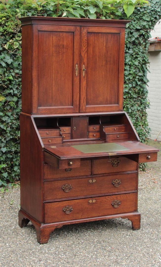 Antieke bureaus | antieke bureaus | antiek secretaire | antieke schrijftafels | antieke schrijftafel | online antiek | Antiquiteiten.