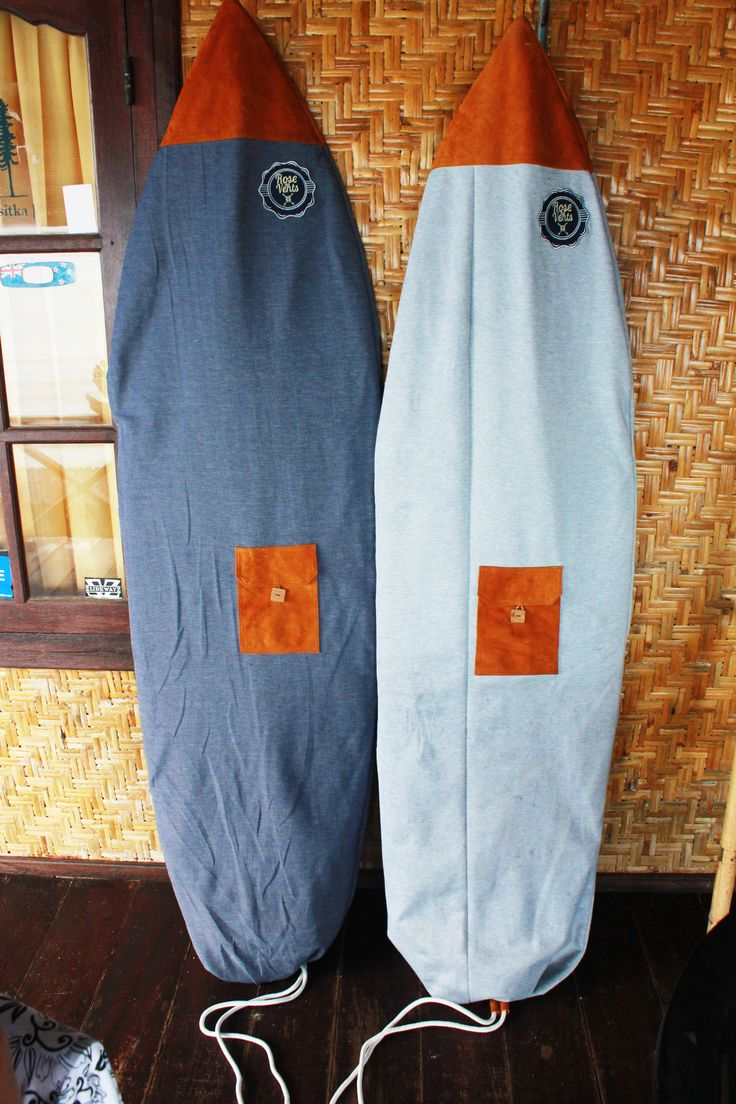 Choose and customize your own surf sock, make sure to get the colors you would like to go around with your travel bag!  www.rosesdesvents.com