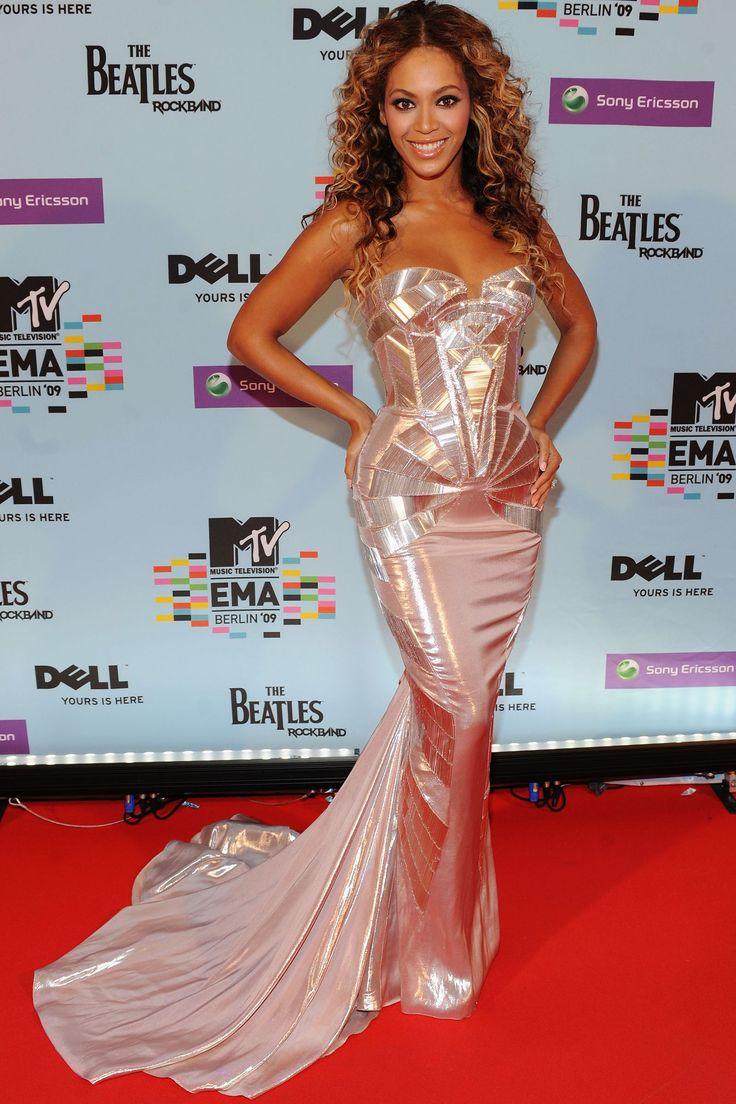 Beyoncé's Complete Style Transformation | Fashion, Beyonce ...