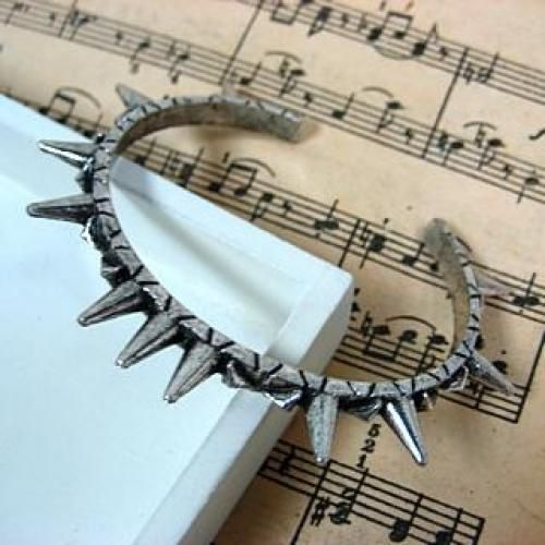 Studded Bangle Silver - One Size