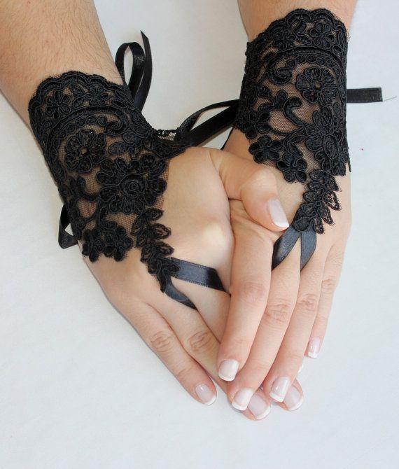 Gloves // Black  Glovesgoth  gothic  wedding by Weddingofdreams, $25.00