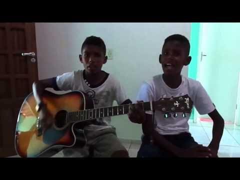 Criança 2 Anos Louvando a Deus- Igreja de Cristo no Araçás.AVI - YouTube