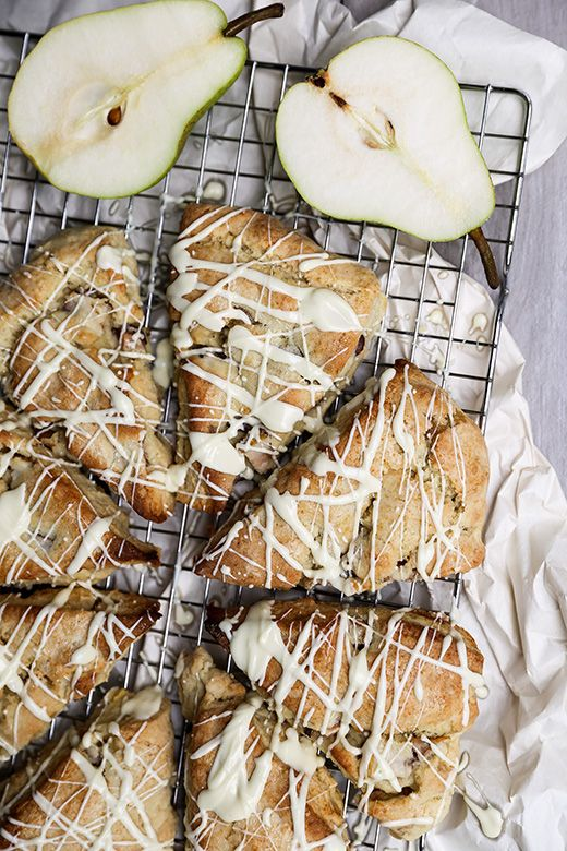 Pear and Ginger Scones with White Chocolate Drizzle | www.floatingkitchen.net