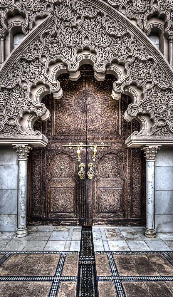 Puerta de la puerta del pabellón de Marruecos Malasia