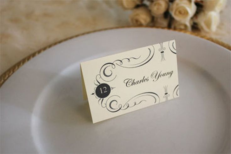 Wedding Place Cards You Can Print for Free: Free Printable Wedding Place Cards from The Budget Savvy Bride
